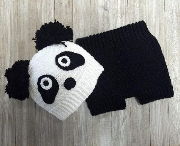 Crochet beanie and cover diaper panda bear set. Crochet photo props. Crochet modern. Costume baby. Handmade. Crochet baby. Crochet baby