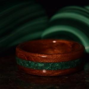 Hand Made ( Bentwood Method ) Bubinga Waterfall Inlayed Malachite Wooden Ring