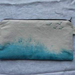 Ocean Spray Hand Embroidered Purse Organizer