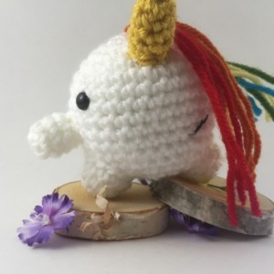 Mini amigurumi unicorn, amigurumi unicorn, crochet unicorn, fantasy, unicorn, rainbow, kawaii, handmade, fantasy creature, under 15,stuffed