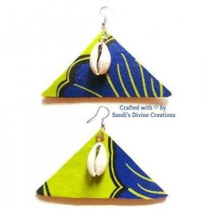 Cowry Shell Earrings, African Print Earrings, Cowrie Earrings, Ankara Earrings, Beaded Earrings, Tribal Earrings, Afrocentric Cowry Earrings