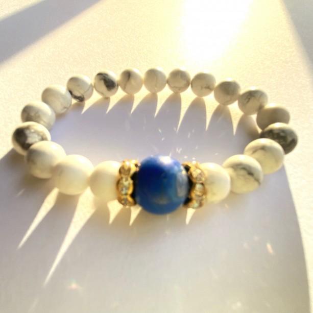 White Howlite & Blue Stone Bracelet