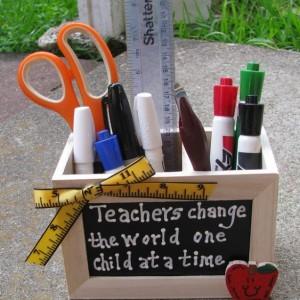 Teacher GIft  2708D Teacher Change Supply Box