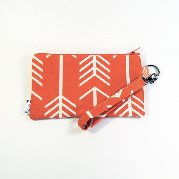 Medium Wristlet Zipper Pouch Clutch - Orange Arrow