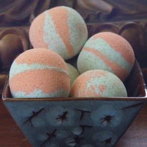 Set of 2 Cucumber Melon Bath Bomb|7oz+|Handmade|All Natural