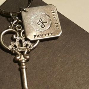 Personalized keychain/ Skeleton key keychain and personalized aluminum tag