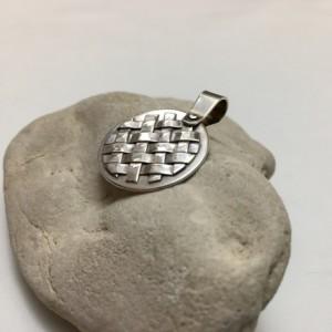 Silver Circle Lattice Pendant—Light Patina
