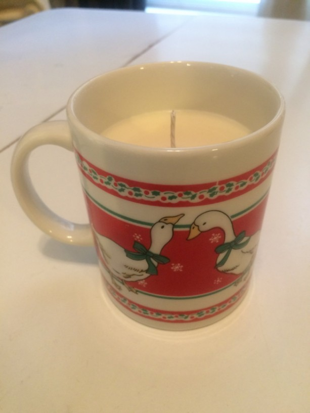 Christmas Swan Mug 14 oz Soy Wax Candle- Eggnog Scented