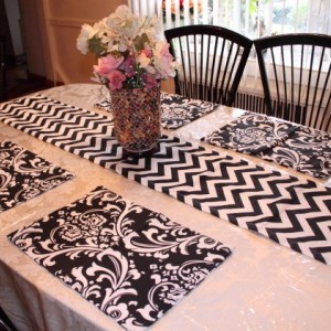 PLACEMATS- Reversible Chevron and Damask Place mats - Set of 6 - Choose your Own Color