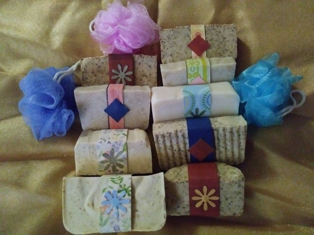 FREE SHIP Set of 4  Medium 4 oz Hand Bars of Homemade Lye Soap in Assorted Types All Natural Unscented Hand Made with Goatsmilk