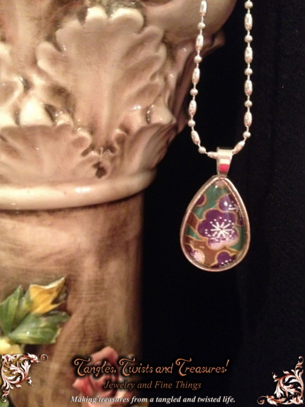 """""""Papers"""" Chiyogami 075 Silver Teardrop Pendant"""