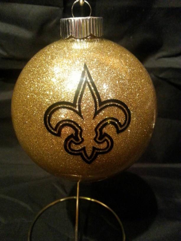New Orleans Saints Christmas Ornaments.New Orleans Saints Christmas Ornaments Handmade Glittered Glass Ornaments