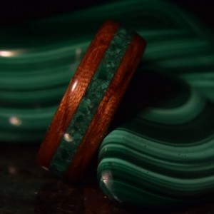 Hand Made ( Bentwood Method ) Bubinga Waterfall Inlayed Malachite Wooden Ring