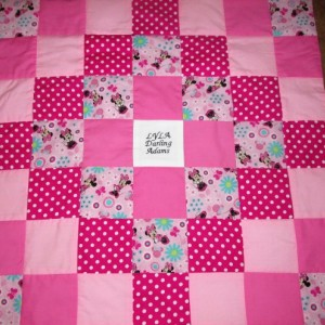 Brand New Handmade MINNIE MOUSE Baby Quilt  (Embroidered Name Added Free)