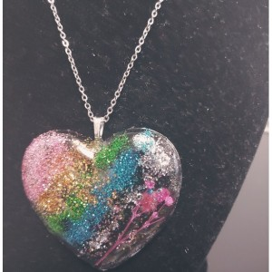 Glitter Heart Shape Pressed Flower Necklace