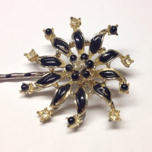 Black and Gold Flower Hair Pin