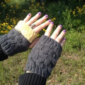 Color block fingerless gloves