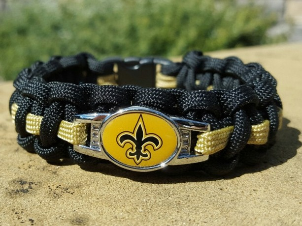 New Orleans Saints Paracord Bracelet NFL Officially Licensed Charm
