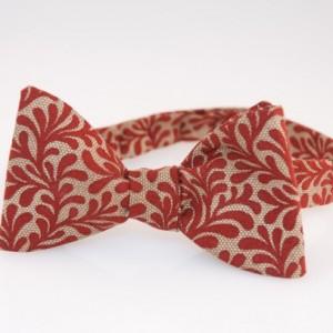Bow Tie - Burgundy/Beige Mistletoe