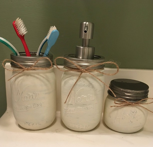 Rustic Bathroom Mason Jars