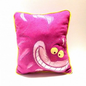 Alice in Wonderland Cheshire Cat T-shirt pillow