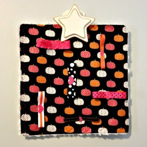 "Halloween ""Bow-zy Cozy"" Pet Activity Blanket"