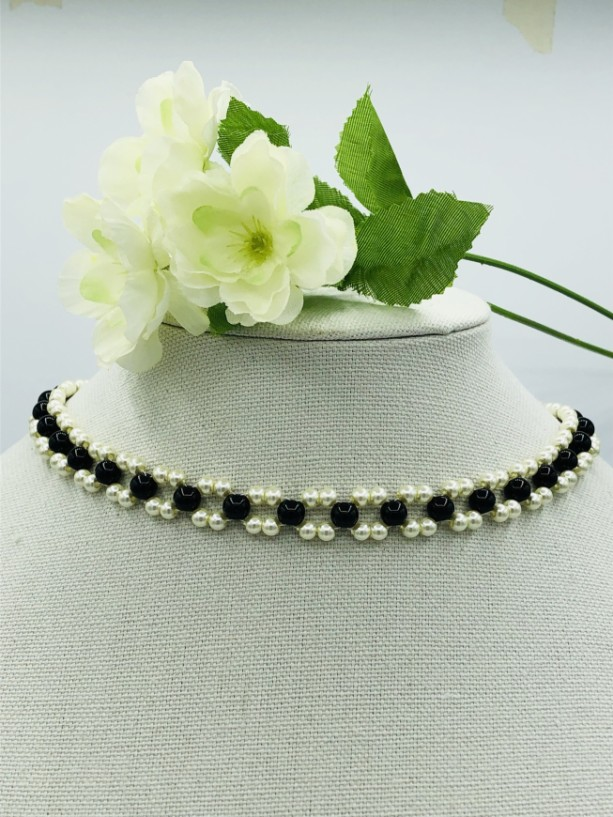 """15+"""" Black and Pearl Choker Necklace"""