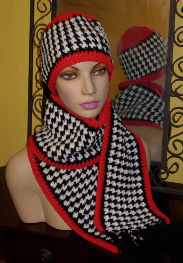 Houndstooth hat and scarf set