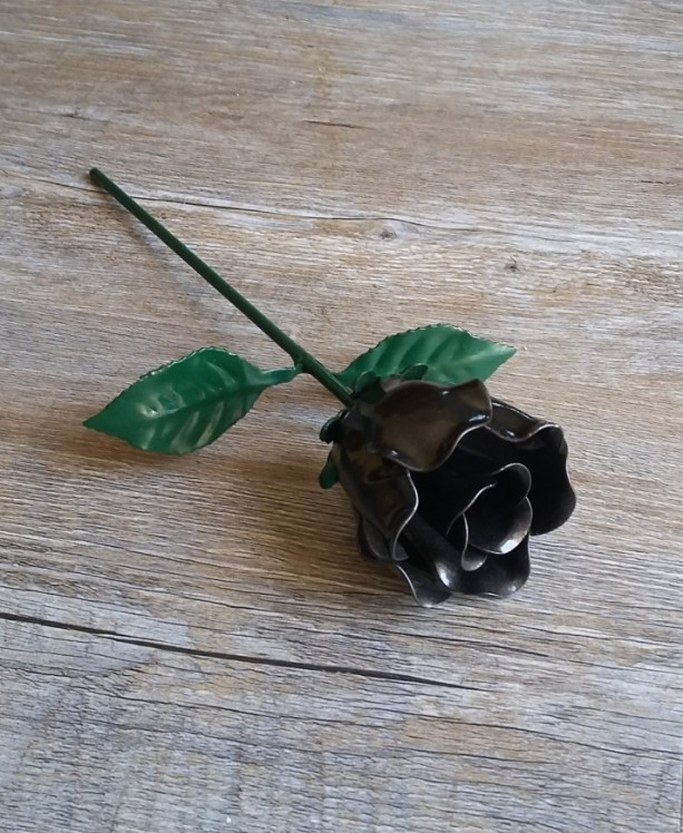 Black Steel Rose