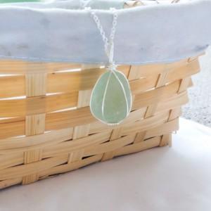 Green sea glass necklace, sea foam green sea glass, English sea glass, beach glass jewelry, sea glass jewelry, beach glass necklace, for her