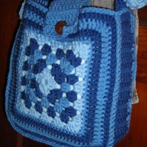 60's Retro Style Granny Square Purse in Blue with Pockets