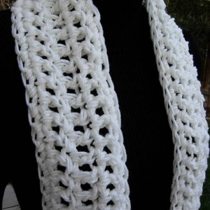 Light Off White Crochet INFINITY SCARF, Winter Cowl, Loop Scarf, Chunky Knit Circle Scarf Thick Acrylic Neck Warmer, Ready to Ship in 3 Days