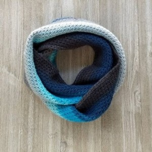 Scarf. Scarves. Crochet scarf blue color. Blue scarf. Modern Crochet. Crochet. Fashion. Handmade. Infinite scarf.