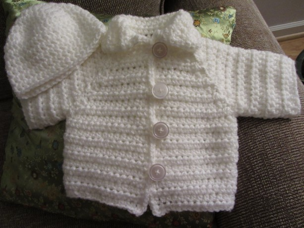 c4ce89503 Crochet Baby Sweater Set