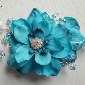 Turquoise Bridal Hair Comb, Wedding Comb, Decorative Comb, Floral Wedding Comb,  Turquoise Crystals,  KathyJohnson, silver gemstones, comb
