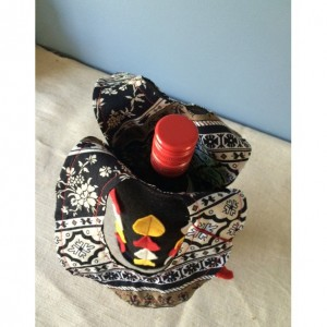 2 gift bags - wine bag - small gift bag - gift bags - eco-friently gift wrap - unuque gifts - music and wine - wine and chocolate
