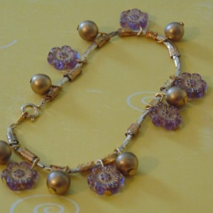 Golden Snake Chain Purple Flower Czech Beads Golden Round Bead Bracelet is adjustable