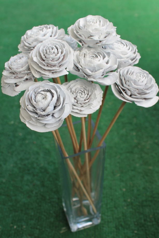 12 Customizable Hand Painted Cedar Rose Pine Cone Flower