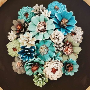 Pinecone floral wall art decor with a chalkpaint frame