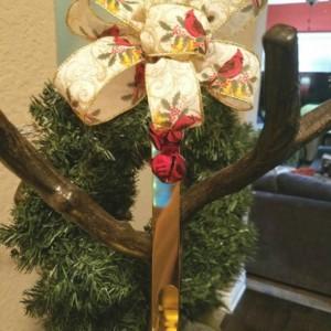 12 inch Christmas Holiday Gold Cardinal Wreath Hanger Hook