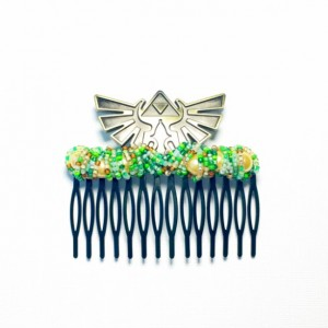 Extra Large Green Adventure Crest Comb