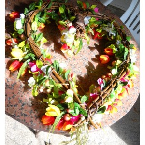 Festive Heart Flower Wreath