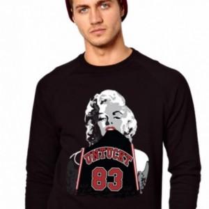 Untuckt Marilyn Monroe Matches Air Jordan 11 Bred