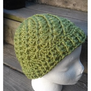Women's Green Spiral Crocheted Beanie