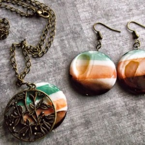 Antiqued Bronze & Multicolored Shell Necklace & Earring Set