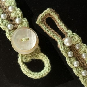 Pearls and Green Crocheted Cotton Bracelet