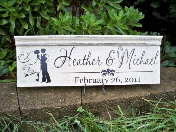 Personalized Wedding Sign, Bride and Groom Wedding sign, Personalized First Name Sign, Name SIgn, Established Sign, Distressed Sign, Custom