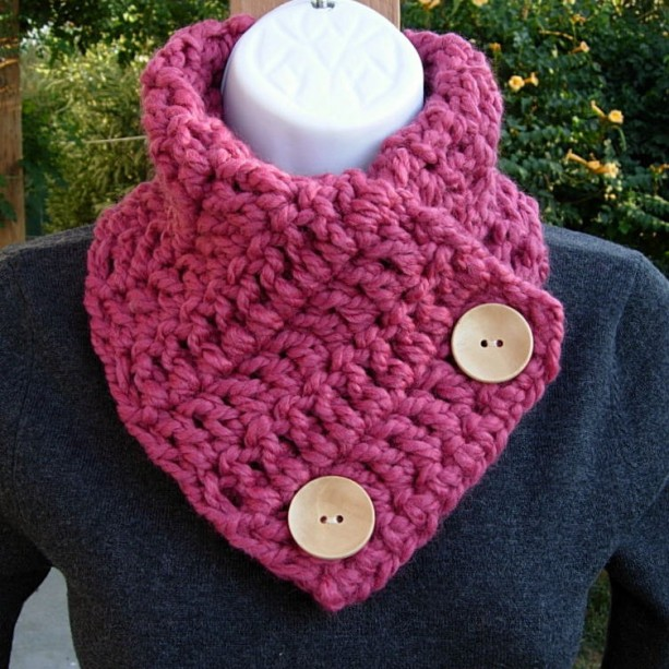 NECK WARMER SCARF, Raspberry Dark Pink Rose Wool Acrylic Blend Natural Wood Buttons, Winter Cowl..Ready to Ship in 3 Days