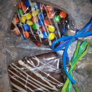Chocolate Covered Rice Krispy Treats / Krispies / chocolate / unique / fun / different /  gift / present / favor / milk / dark /white