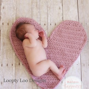 Newborn Photo Prop Heart Mat